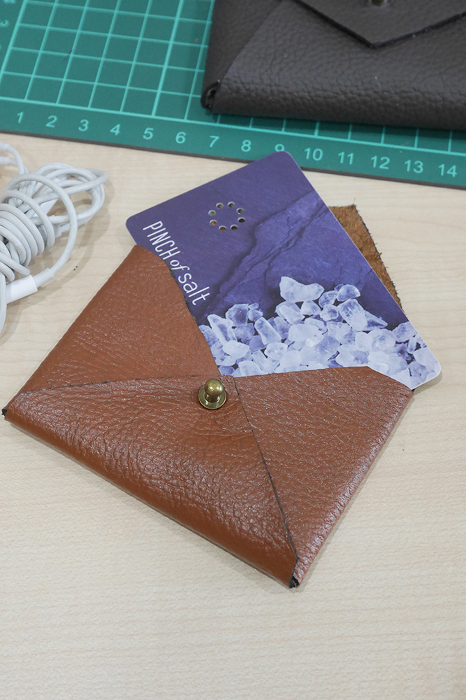 Cards that fit in the leather envelope case